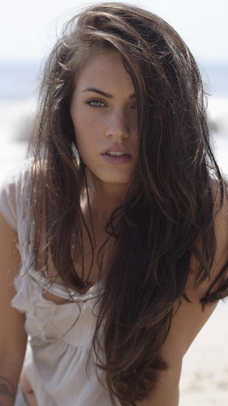133 Megan Fox Apple Iphone 6 750x1334 Wallpapers Mobile Abyss