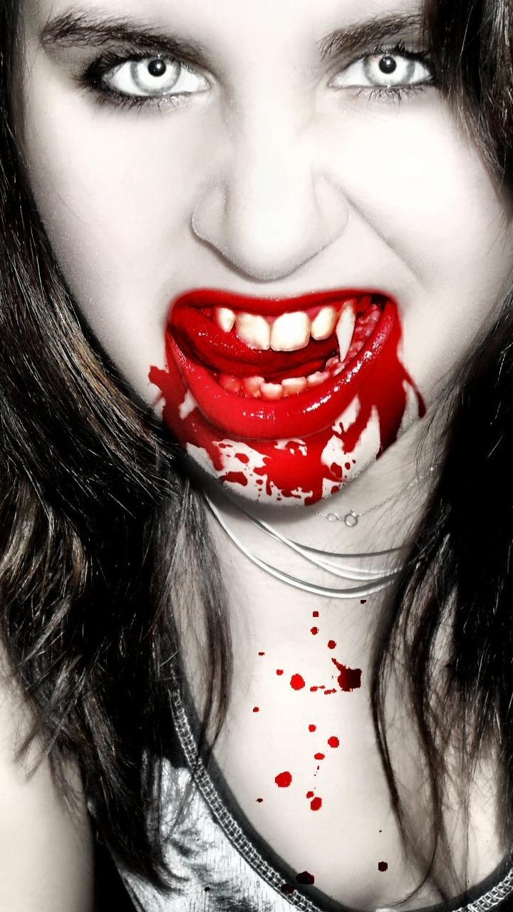 Картинки девушка вампир с кровью