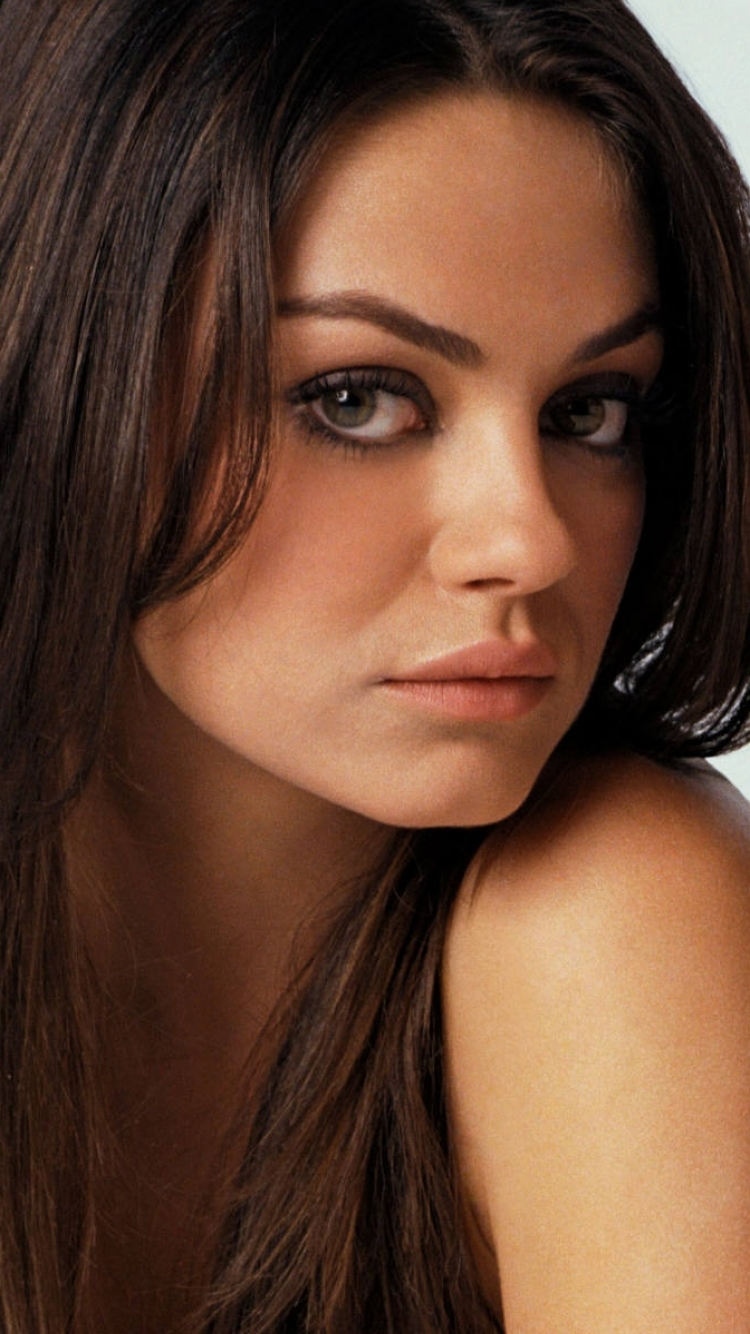 group of kunis actresses united states