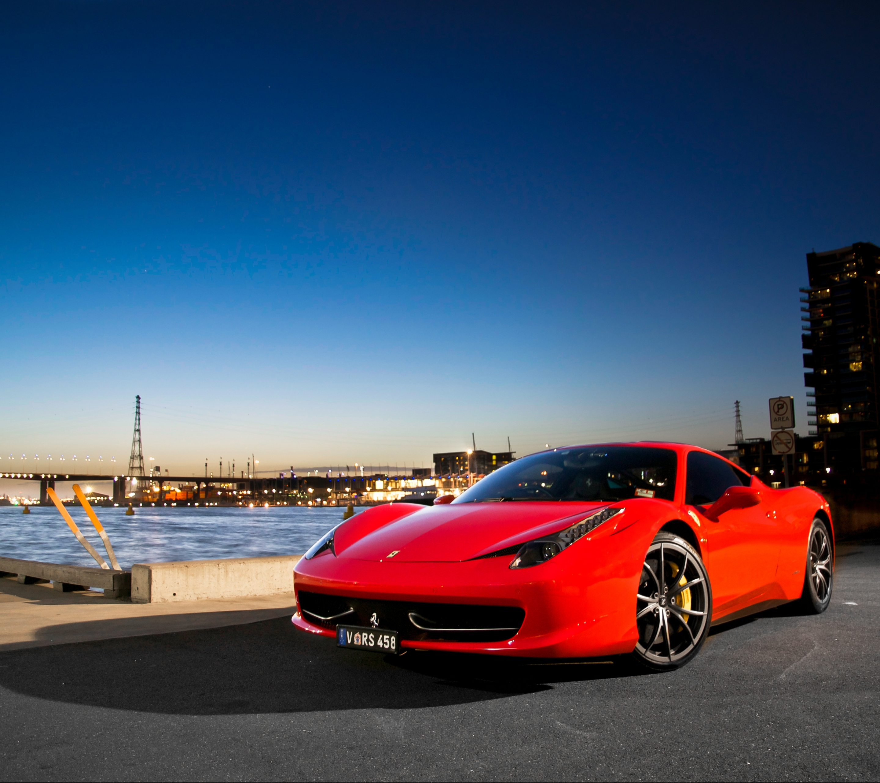 Charming Vehicles / Ferrari 458 (2880x2560) Mobile Wallpaper