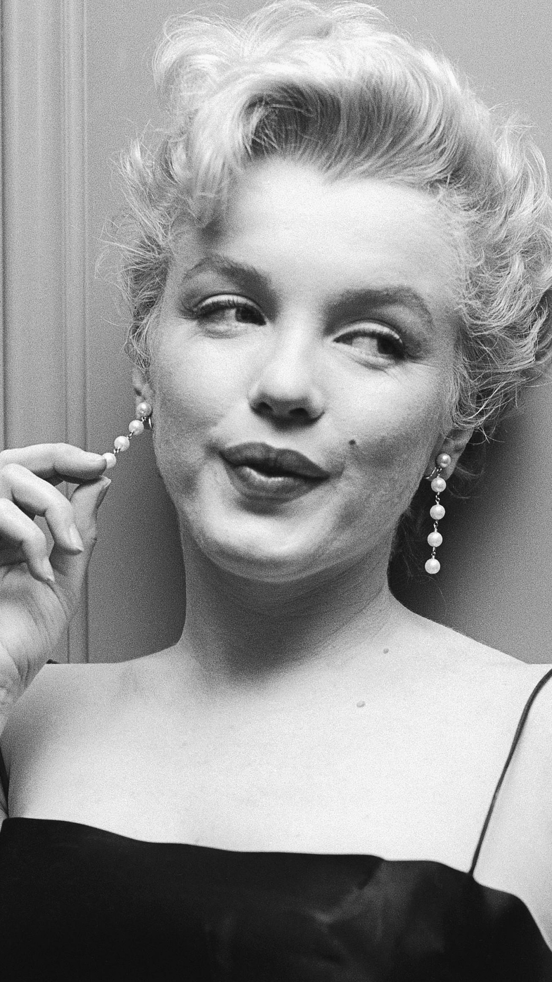 Marilyn monroe wallpaper iphone 7 plus celebritymarilyn monroe wallpaper id 487112 voltagebd Choice Image