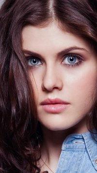 48 Alexandra Daddario Samsung Galaxy J7 720x1280 Wallpapers