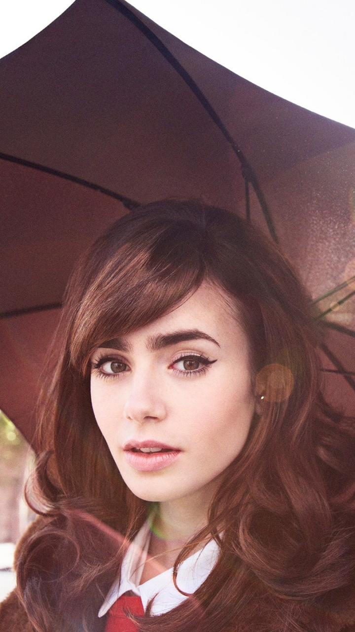 celebrity/lily collins (720x1280) wallpaper id: 591777 - mobile abyss