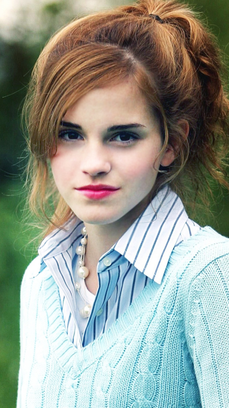183 Emma Watson Apple Iphone 5 640x1136 Wallpapers Mobile Abyss