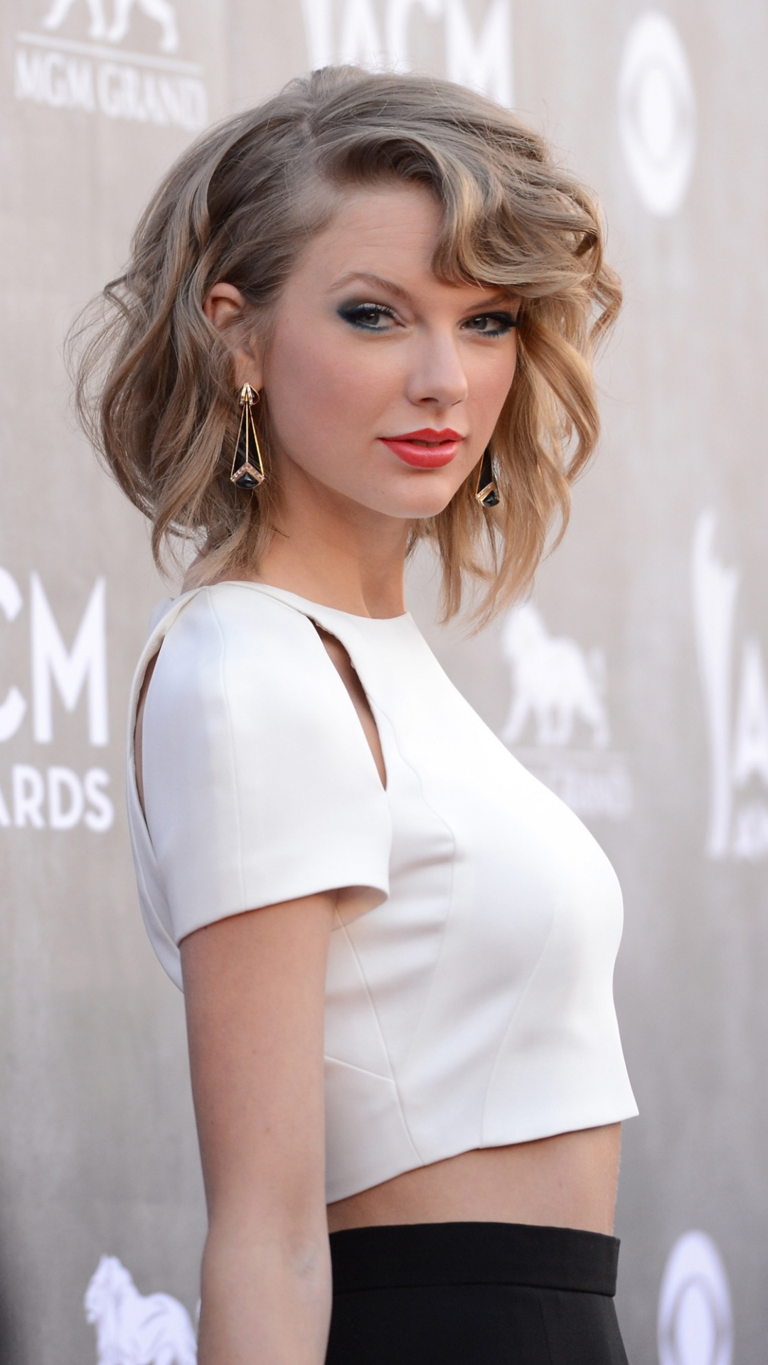 Taylor swift phone wallpaper impre media - Taylor swift wallpaper iphone ...