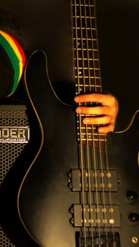 2 Bass Guitar Appleiphone 5 640x1136 Wallpapers Mobile Abyss