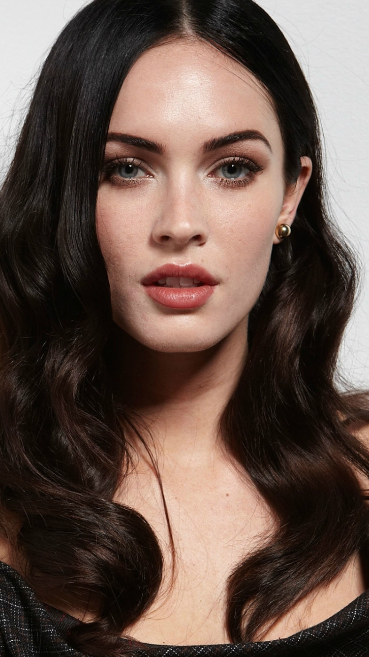 celebrity/megan fox (750x1334) wallpaper id: 641986 - mobile abyss