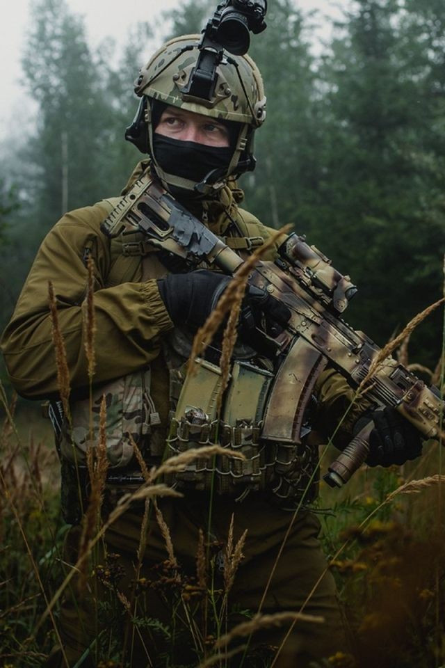 Militarysoldier 640x960 Wallpaper Id 649098 Mobile Abyss