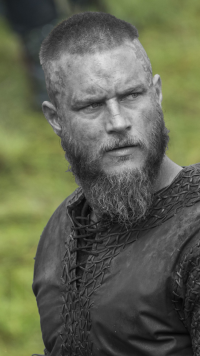 26 Ragnar Lothbrok Samsung Galaxy J7 720x1280 Wallpapers